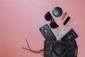 Organize Your Purse: Products to Help You Stay Organized