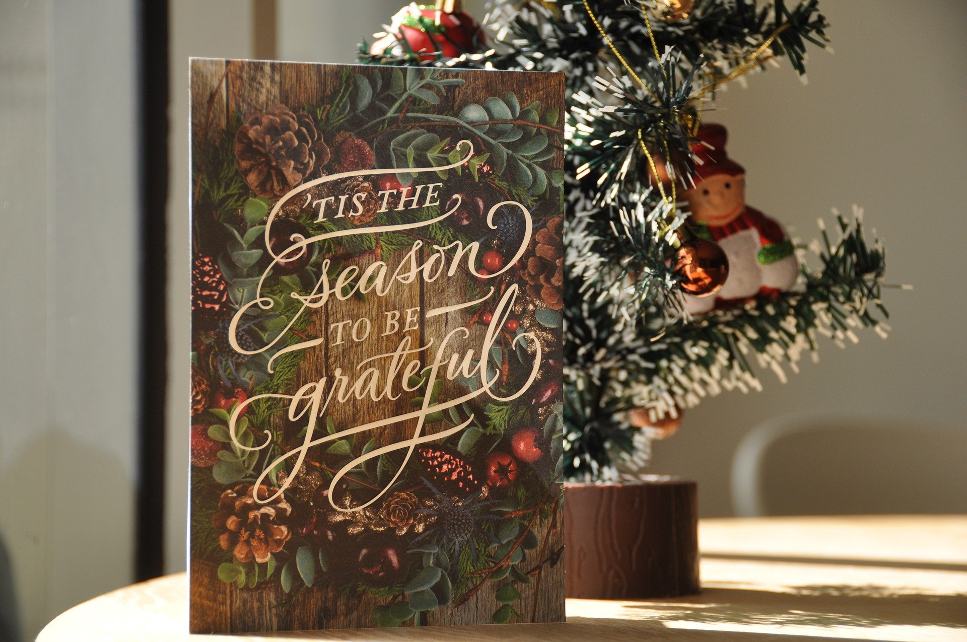 Organizing Your Way to a Simple Christmas: Christmas Cards