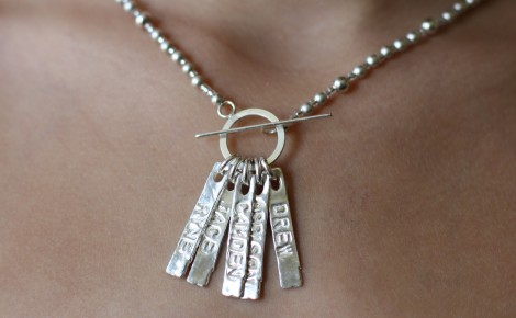 Hip-Fusion-Designs-Toggle-Bar-Necklace