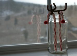 Easy Candy Cane Reindeer Craft