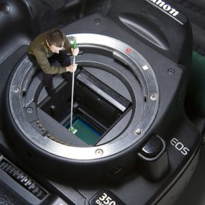 Read more about the article Degunking Gadgets: The Proper Way to Clean Electronics