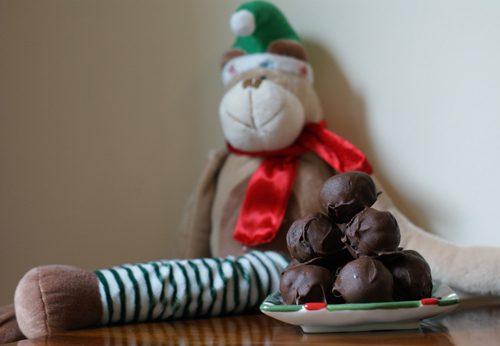 101 Days of Christmas: Easy, Decadent Oreo Truffles