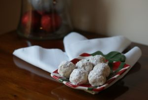 101 Days of Christmas: Walnut Snowballs
