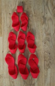 101 Days of Christmas: DIY Felt Bows