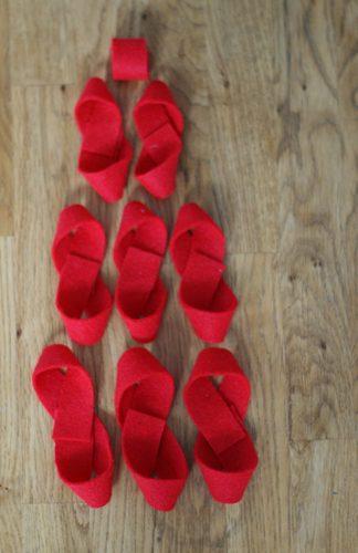 101 Days of Christmas: DIY Felt Bows