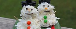 101 Days of Christmas: Snowman Cake Pops