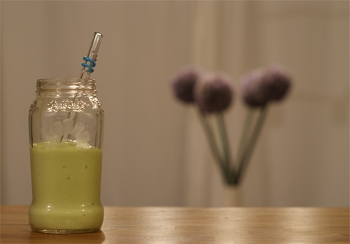 avocado-banana smoothie
