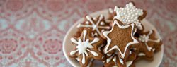 101 Days of Christmas: Gingerbread Snowflake Creams