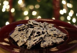 101 Days of Christmas: Oreo Bark