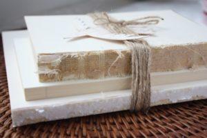 Read more about the article Vintage Book Bundle {DIY Decor}