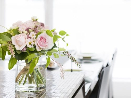 5 tips to decorate with fresh flowers life your way - How to decorate with spring flowers ...