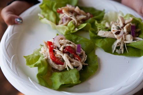 You are currently viewing A Picnic Lunch: Lemony Chicken Salad Wraps
