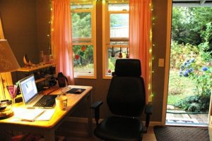 Read more about the article How to Create a Workable, Enjoyable Work from Home Routine