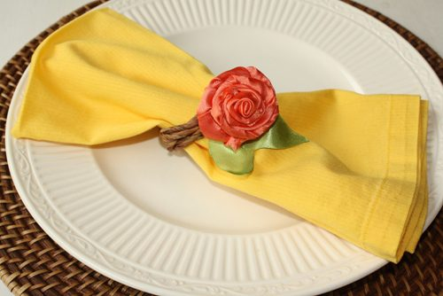 how to make a braided vine napkin ring