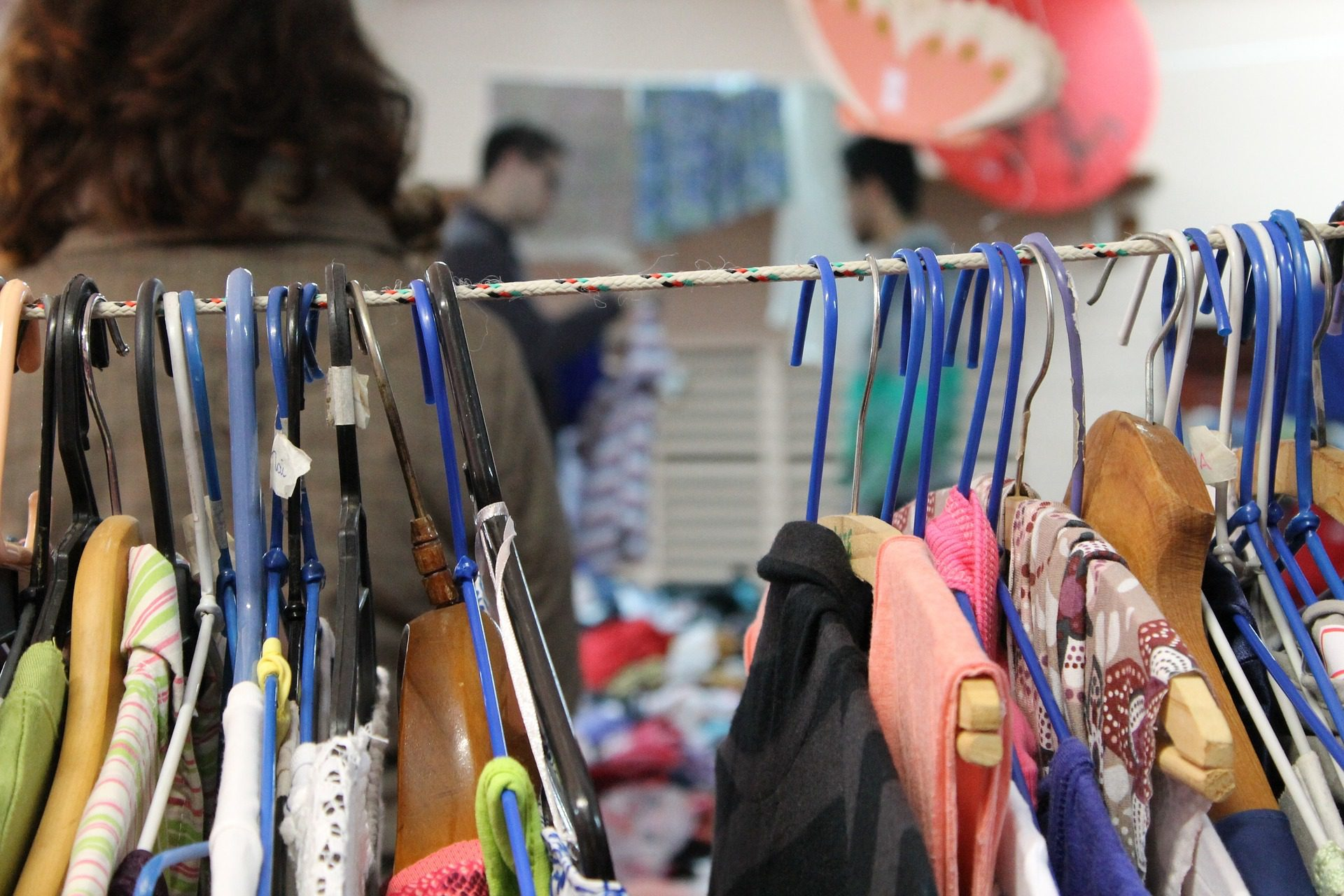 You are currently viewing How to Save Money at Thrift Stores