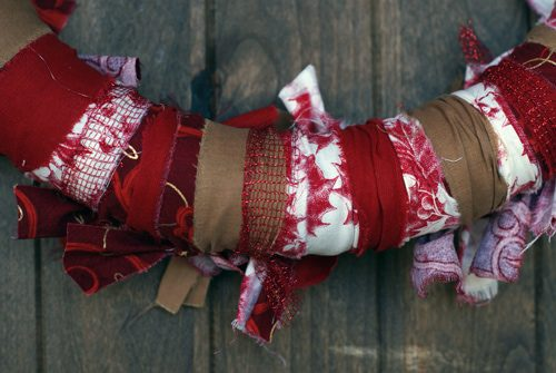 101 Days of Christmas: Fabric Scrap Wreath