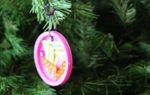 101 Days of Christmas: Simple Lid Ornaments