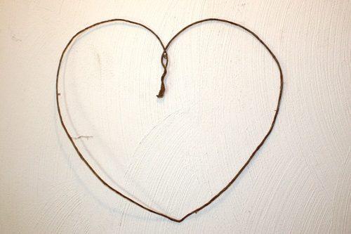 How to Make a Heart-Shaped Wreath