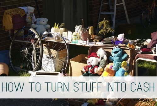 You are currently viewing How to Turn Your Excess Stuff Into Extra Cash