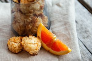 Read more about the article Honey-Sweetened Coconut Macaroons