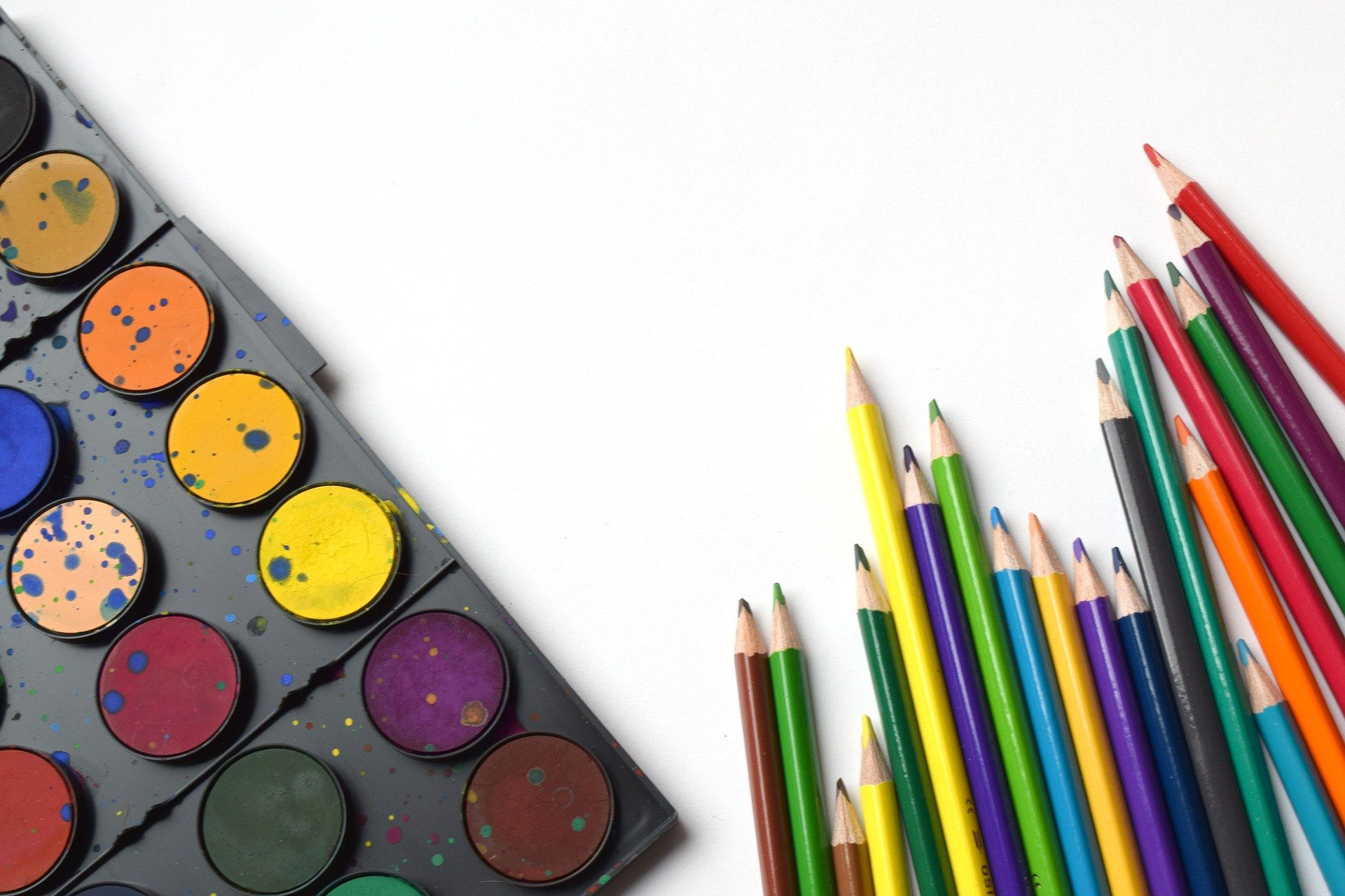 Easy Spring Spin Art for Preschoolers