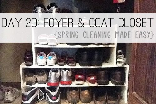 Day 20: Coat Closet & Foyer {Spring Cleaning Made Easy} at lifeyourway.net