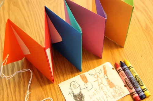 How To Make A Book About Your Life ~ Bookmaking for kids accordion envelope books life your way