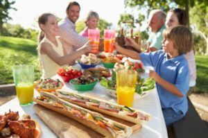 Read more about the article Surviving Summer Cookouts on an Allergy-Friendly Diet