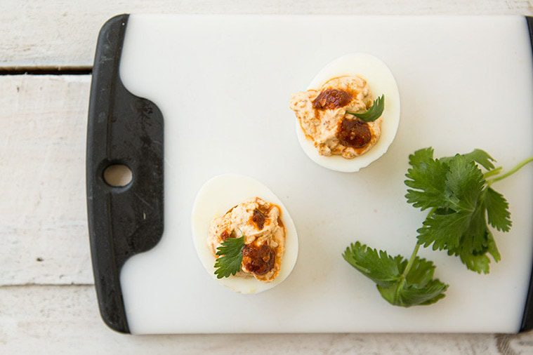 You are currently viewing Arbol de Asada Deviled Eggs: Picnic Food