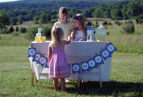 A Lemonade Stand with @InDelight #IcedCoffeeLove