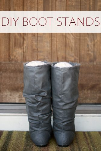 DIY Boot Stands {101 Days of Christmas at lifeyourway.net}