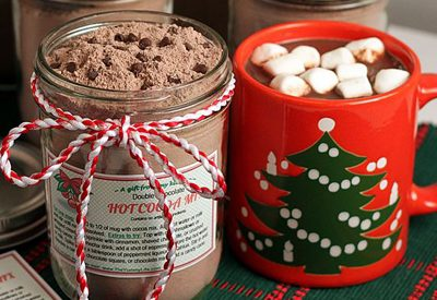 Hot Cocoa Mix {Gifts in a Jar Roundup at lifeyourway.net}