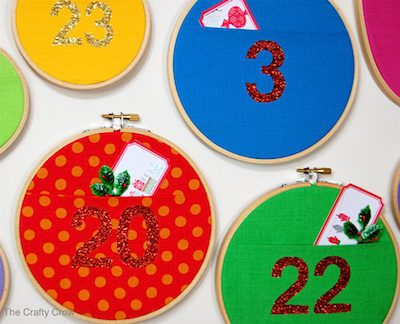 Wall Pocket Advent Calendar {DIY Advent Calendars Roundup at lifeyourway.net}