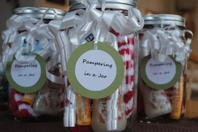 Pampering in a Jar {Gifts in a Jar Roundup at lifeyourway.net}