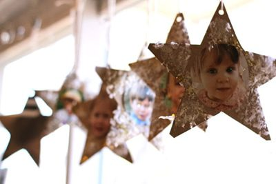 Snowy Star Picture Ornaments {DIY Ornaments for Kids Roundup at lifeyourway.net}