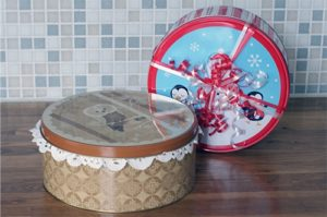 "101 Days of Christmas: ""Fancy"" Cookie Tins"