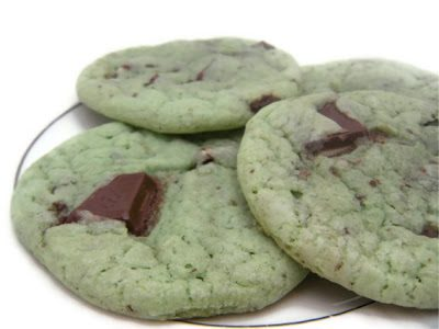Minty Holiday Cookies {Holiday Cookie Roundup at lifeyourway.net}