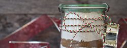 101 Days of Christmas: Gifts in a Jar {Roundup}