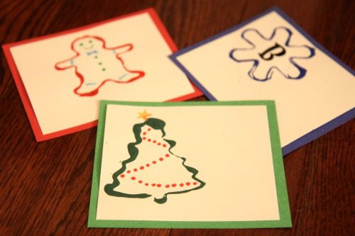 101 Days of Christmas: Cookie Cutter Painted Gift Tags at lifeyourway.net