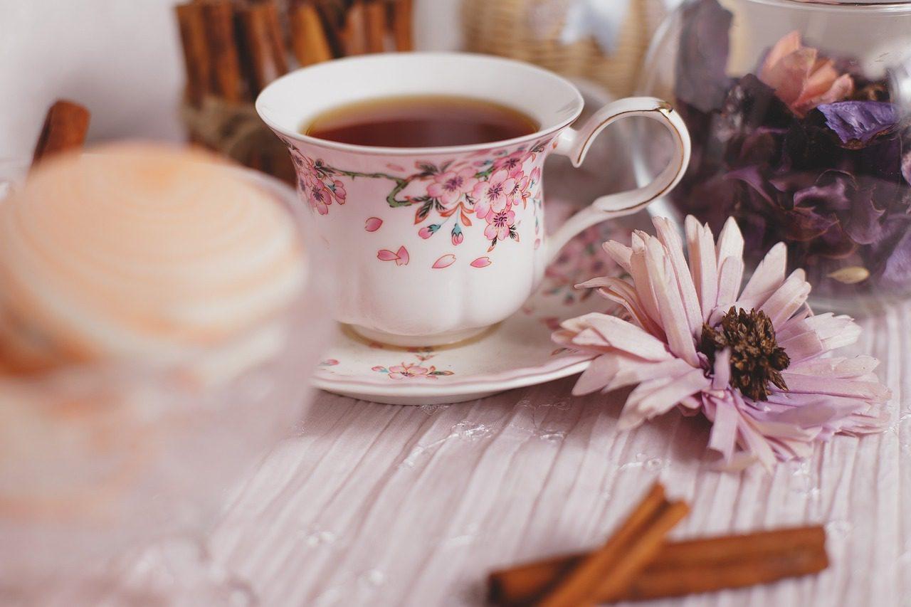 Tea Versus Coffee {for New Moms}
