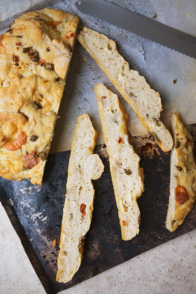 Manchego Olive Freeform Bread #recipe via LifeYourWay.net