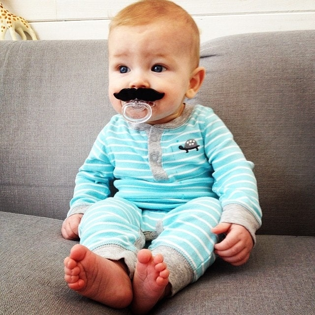 Mustache Paci