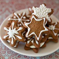 Gingerbread Snowflake Creams
