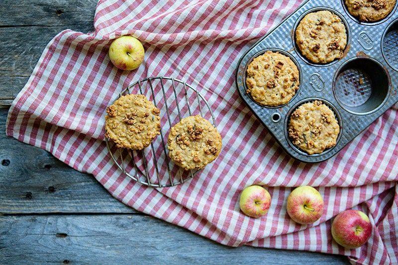 Apple Oatmeal Crumb Muffins