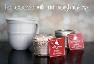 Hot cocoa in a jar {101 Days of Christmas}