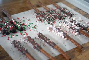 Chocolate-dipped pretzel rods {101 Days of Christmas}
