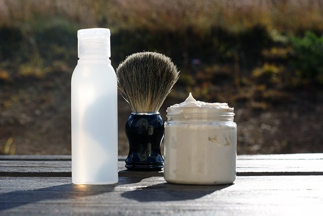 You are currently viewing DIY shaving cream & aftershave {101 Days of Christmas}