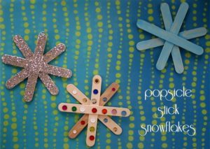 Popsicle Stick Snowflakes {101 Days of Christmas}