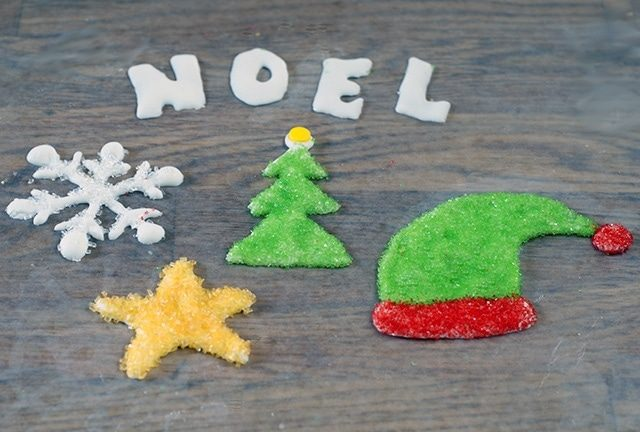 Royal icing shapes and decorations {101 Days of Christmas}