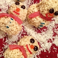 Snowmen Rice Krispie Treats